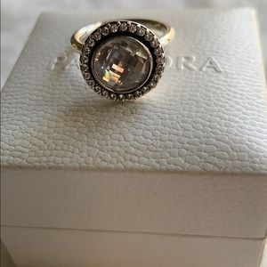 Absolutely stunning promise pandora ring